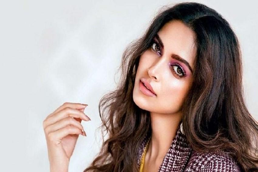 Deepika Padukone Starrer Mahabharata Adapted From The Novel 'The Palace Of Illusions'