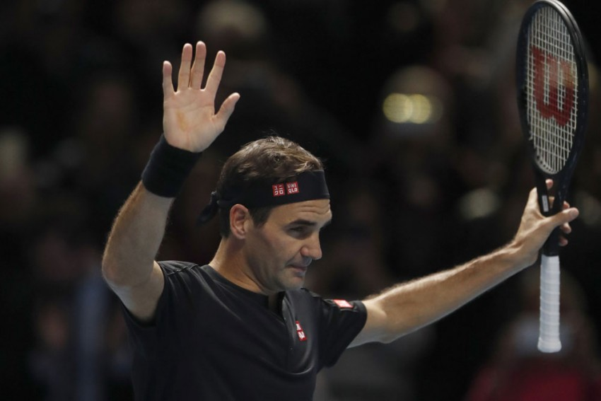 ATP Finals: Roger Federer Bounces Back With Victory Over Matteo Berrettini