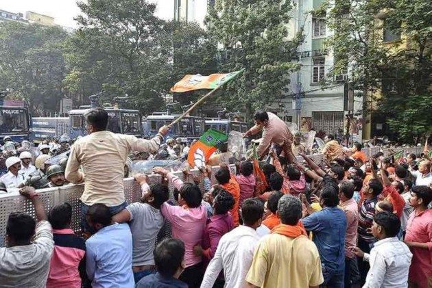 West Bengal BJP Workers Clash With Police, Several Injured