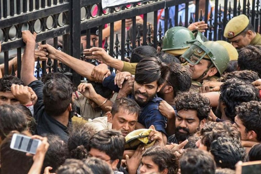 JNU Students Hold Protest Outside University Campus Over Draft Hostel Manual