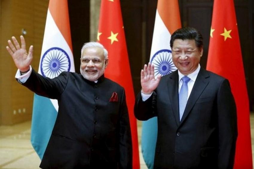 PM Modi Meets Xi Jinping At BRICS Summit, Says 'New Direction' in Bilateral Ties