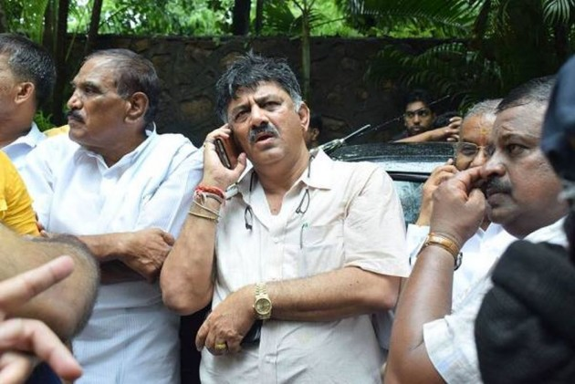 SC Dismisses ED Plea Challenging Shivakumar's Bail In Money Laundering Case