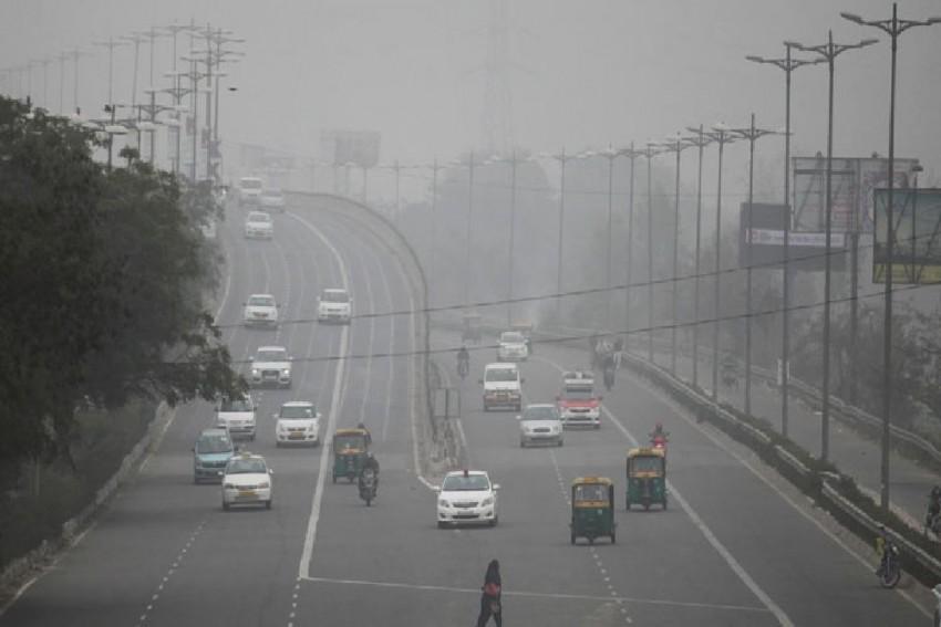 Top Officials Skip Key Parliamentary Meet On Pollution