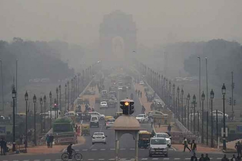 Delhi's Air Pollution Takes Marginal Dip, Stays 'Severe' For 5th Consecutive Day