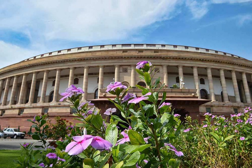 Parliament's Winter Session To Take Up Citizenship Bill, Kashmir Issue & Economic Slowdown Among Others