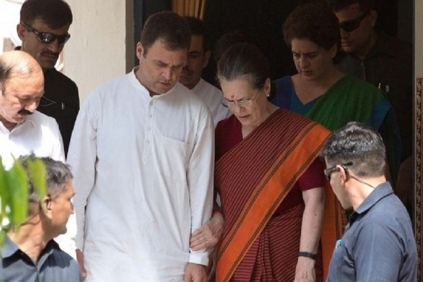 Ruckus In Parliament Over Gandhis Losing SPG Cover; Congress, DMK Stage Walkout