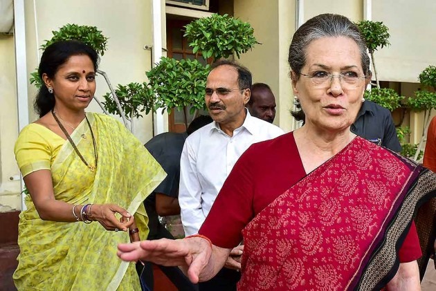 'Support Sena If It Makes An Offer,' Congress MP Writes Letter To Sonia Gandhi Amid Maharashtra Power Tussle