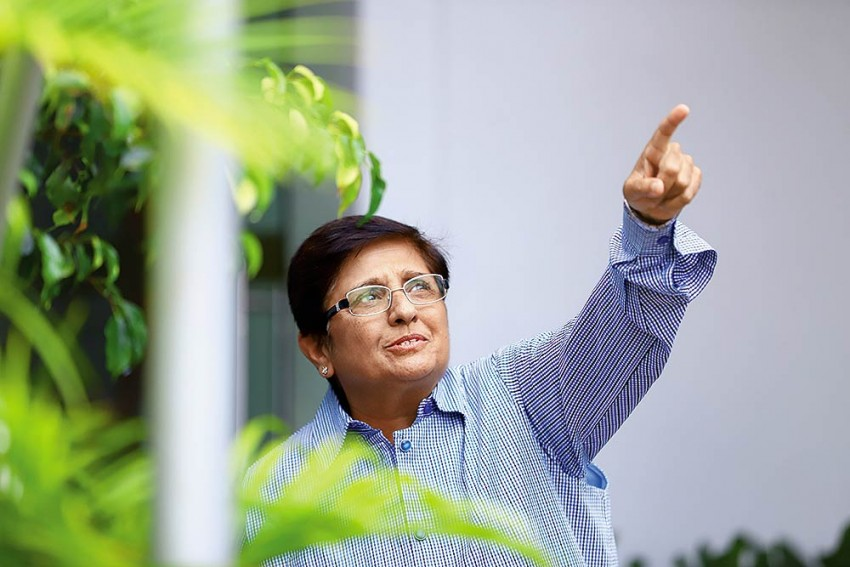24 Hours In Life Of Kiran Bedi: In The Cycle Of Life, Spreading Message Of Health And Faith