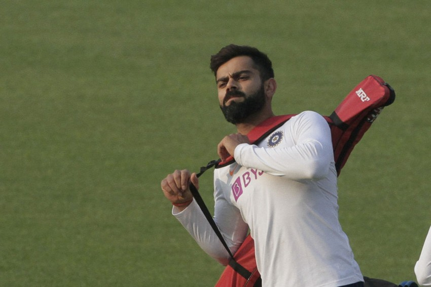 IND Vs BAN, Day-Night Test: 'Heavy' Pink-Ball Presents Serious Challenge, Warns Virat Kohli