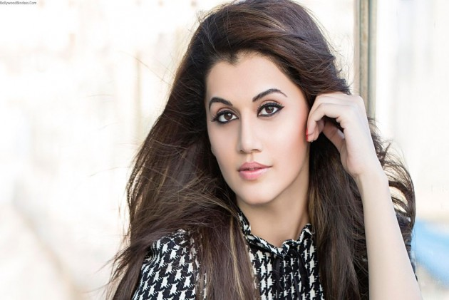 Taapsee Pannu Names THESE Two Actors As Her Worst Co-Stars And The Answer Will Shock You; Deets Inside