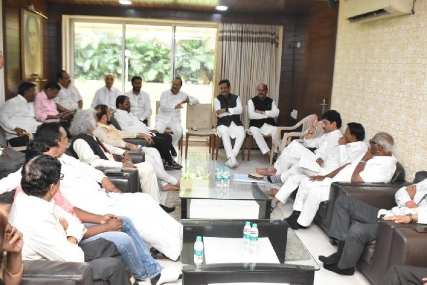 Our Allies Favour Formation Of Govt With Shiv Sena To Keep BJP Out Of Power, Say Congress-NCP