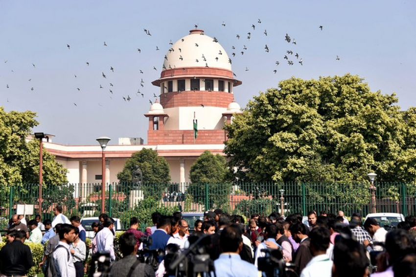 No Floor Test Today; SC Asks Centre To Produce Letters Of Support, Maharashtra Governor's Invite By Monday Morning