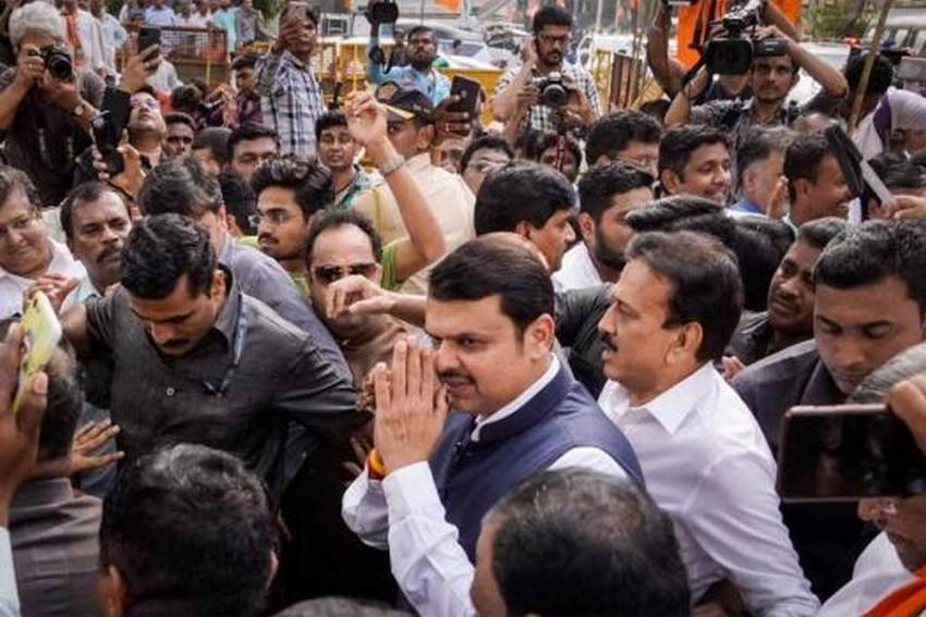 Fadnavis To Meet BJP MLAs At 9 PM Ahead Of Maharashtra Floor Test