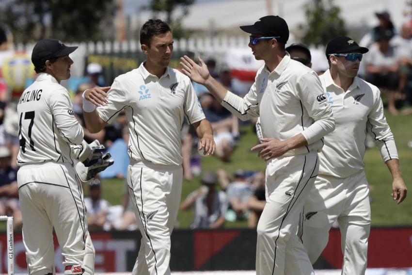 NZ Vs ENG: New Zealand Stars Trent Boult, Colin De Grandhomme Rules Out Of Second Test