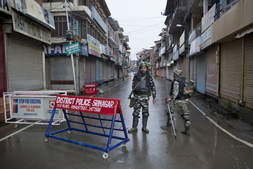 116 Days And Counting: Why 'Normalcy' Claims In Kashmir Overlook Human Rights Issue
