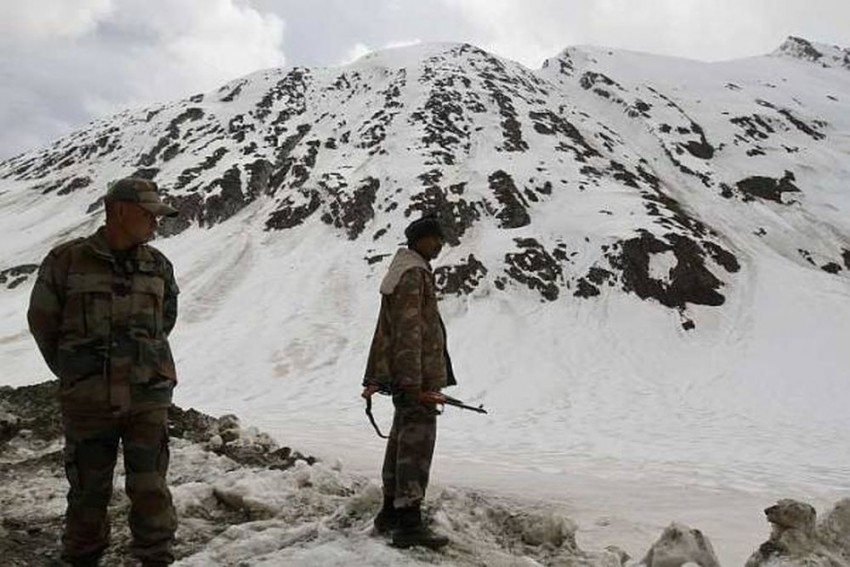2 Army Soldiers Killed As Avalanche Hits Siachen Glacier