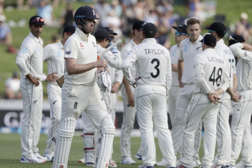 NZ Vs END, 2nd Test, Day 2: New Zealand Strike Twice Late To Leave England In Trouble