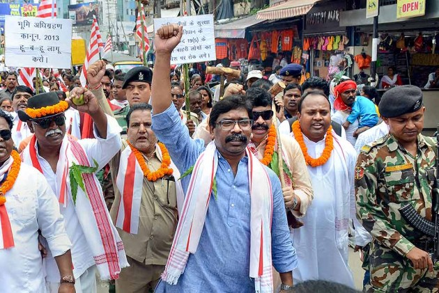 BJP's Modus Operandi Entails Use Of ED, CBI, & IT Dept To Harass Opposition: JMM's Hemant Soren