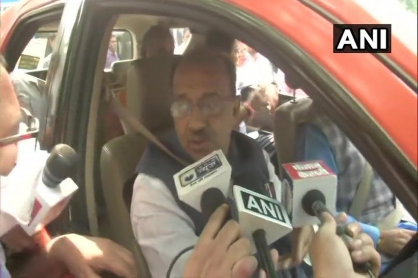 'Election Gimmick': On Even Day, BJP's Vijay Goel Protests In An Odd-Numbered Car
