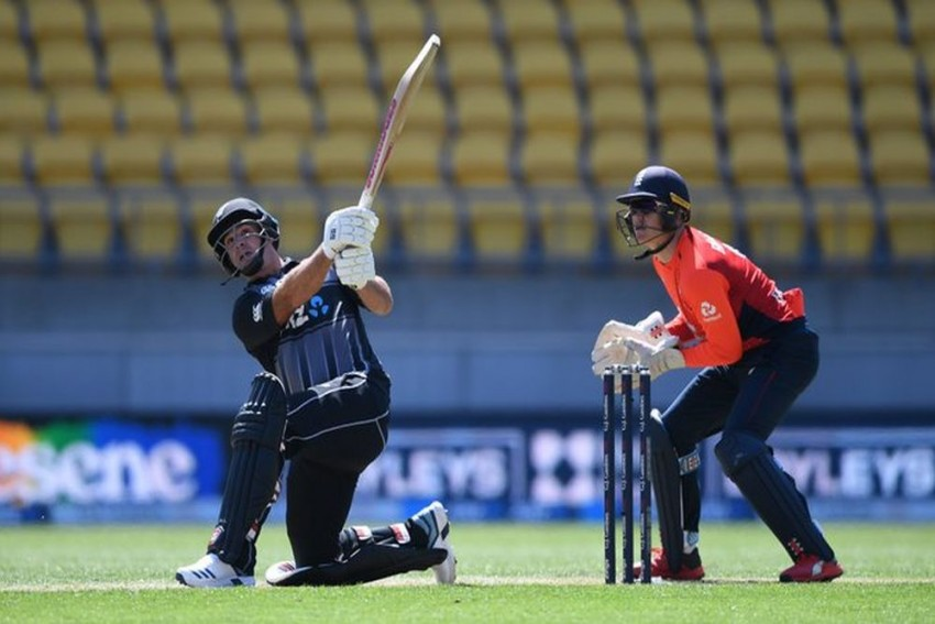 England Collapse Gifts New Zealand Series Lead In Third T20