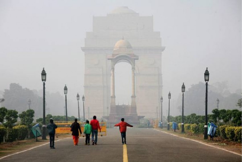 Delhi Comes Out Of Smog Blanket, Air Quality Improves To 'Very Poor'