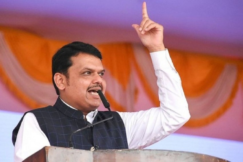 Amid Standoff With Shiv Sena, CM Devendra Fadnavis Meets RSS Chief In Nagpur To Break Maharashtra Deadlock