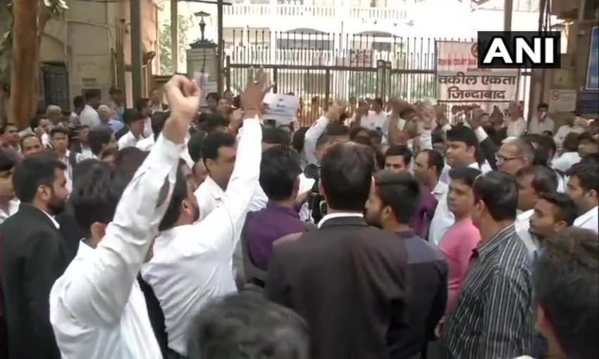 Bar Council Announces To Withdraw Strike, Demands Arrest Of Guilty Cops