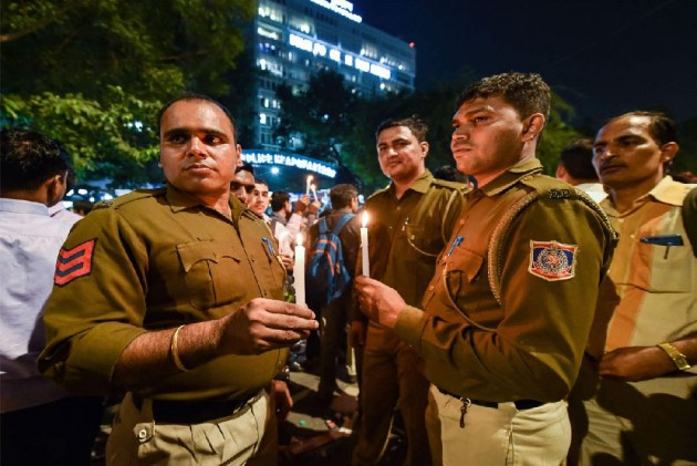 Spillover Effect Of Khaki Vs Black Robes: 4 Cops Thrashed By Lawyers In Alwar