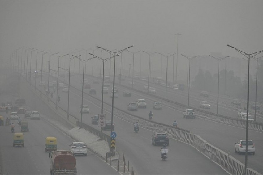 'No Right To Be In Power If...': Supreme Court Pulls Up Centre, State Govts Over Pollution