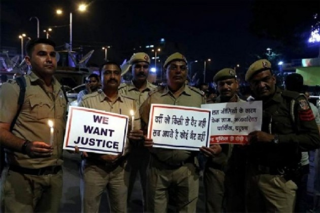 Woman Officer Assaulted During Tis Hazari Clash, Constable's Pistol Missing