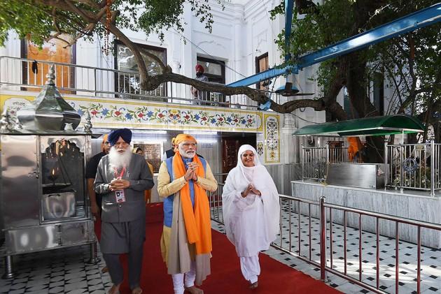 PM Modi Inaugurates Kartarpur Corridor, Flags Off First Jatha Of 500 Pilgrims
