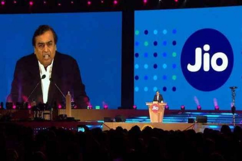 Jio To Hike Mobile Calling, Data Charges By Up To 40% From December 6