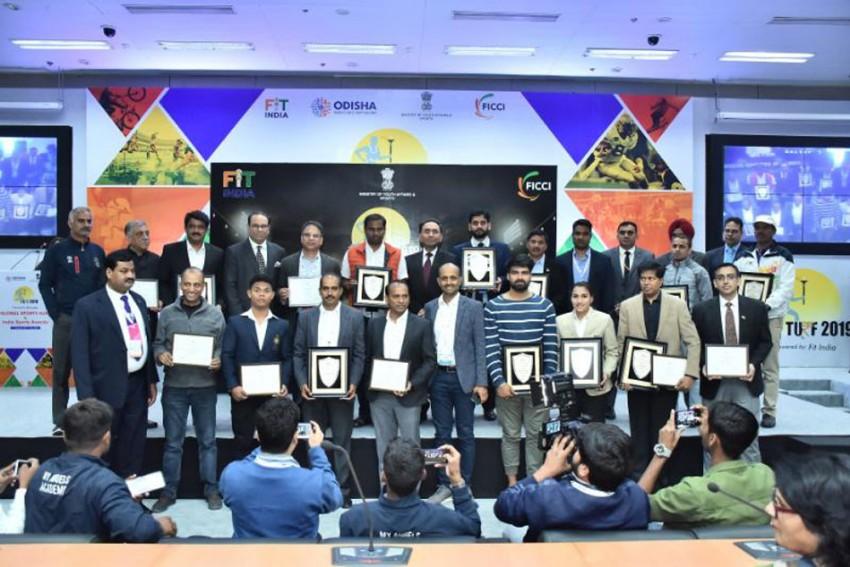 FICCI India Sports Awards 2019: Rani Rampal Wins Female Sportsperson Of The Year