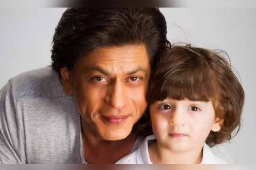 When SRK's Son AbRam Asked The Paps To Make Way