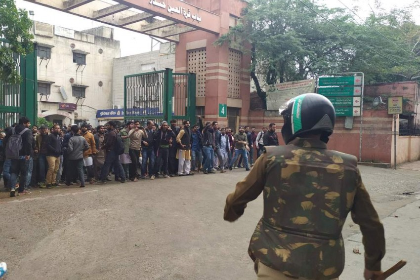 Police Use Tear Gas, Lathicharge As Jamia Students Stage Anti-Citizenship Act Protest In Delhi