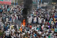 Bengal: Rail, Bus Services Hit As Citizenship Law Protest Turns Violent, Mamata Banerjee Warns Of Strict Action
