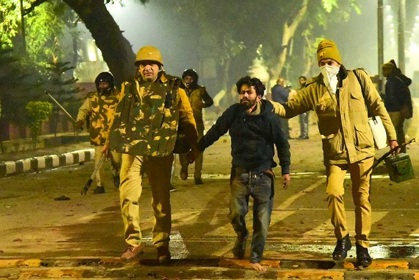 Students From 19 US Universities, Including Harvard, Extend Solidarity To Jamia, AMU After 'Police Violence'