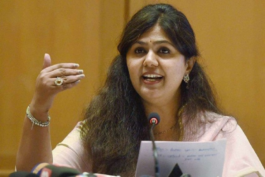 Pankaja Munde Removes 'BJP' From Twitter Bio A Day After 'Need Time To Think' Remark