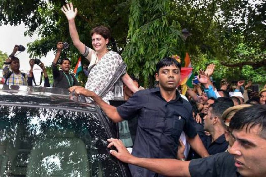 Security Breach At Priyanka Gandhi's Residence After Losing SPG Cover, Unknown Persons Barged In