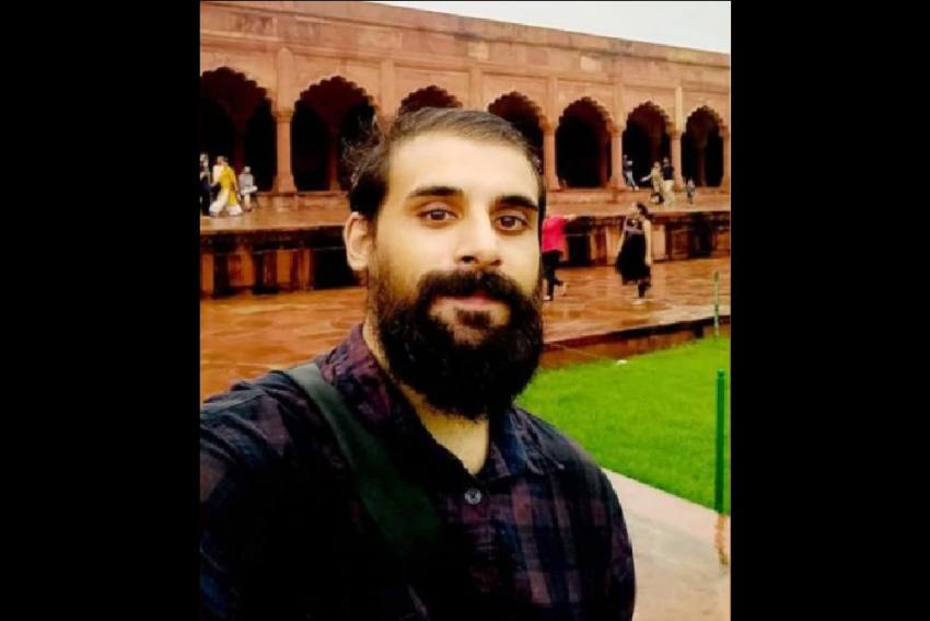'Cop Threatened To Rip Off My Beard': Journalist Detained, Released In UP