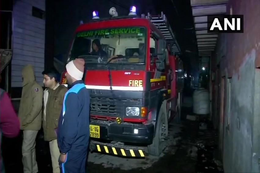 Delhi: 9 Killed In Fire At Cloth Godown In Kirari Area