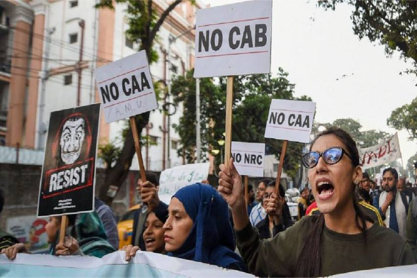 Anti-CAA Protests Live Updates: Karnataka Govt Orders Magisterial Probe Into Mangaluru Violence