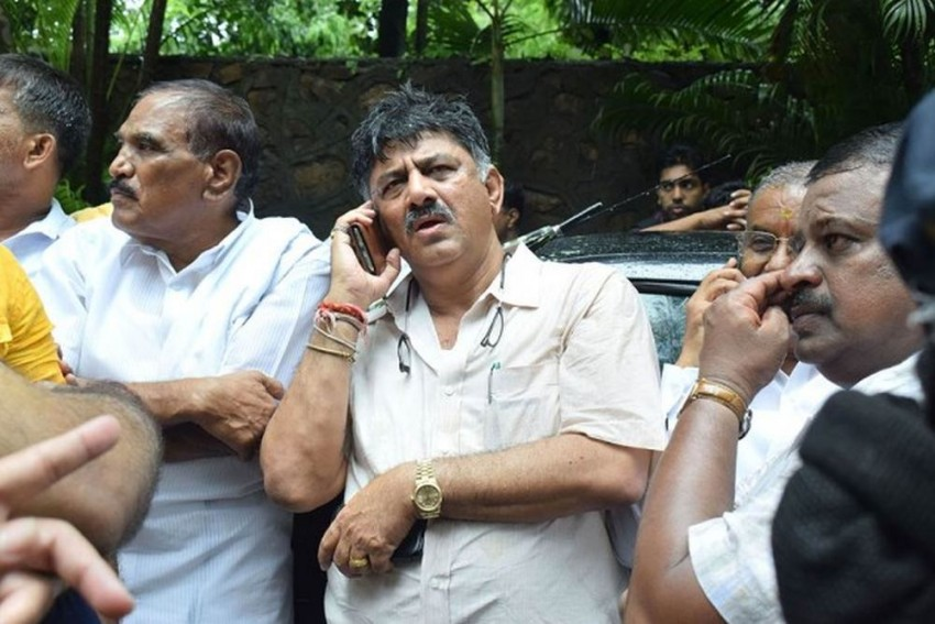 In Karnataka Bypolls, Congress Once Again Banks On D.K. Shivakumar's Popularity