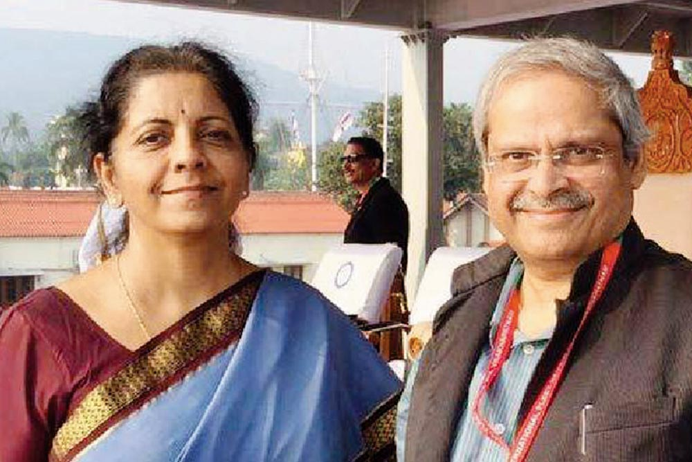'I Do Criticise Economic Policies Pursued By Modi Govt': FM Sitharaman's Husband Parakala Prabhakar