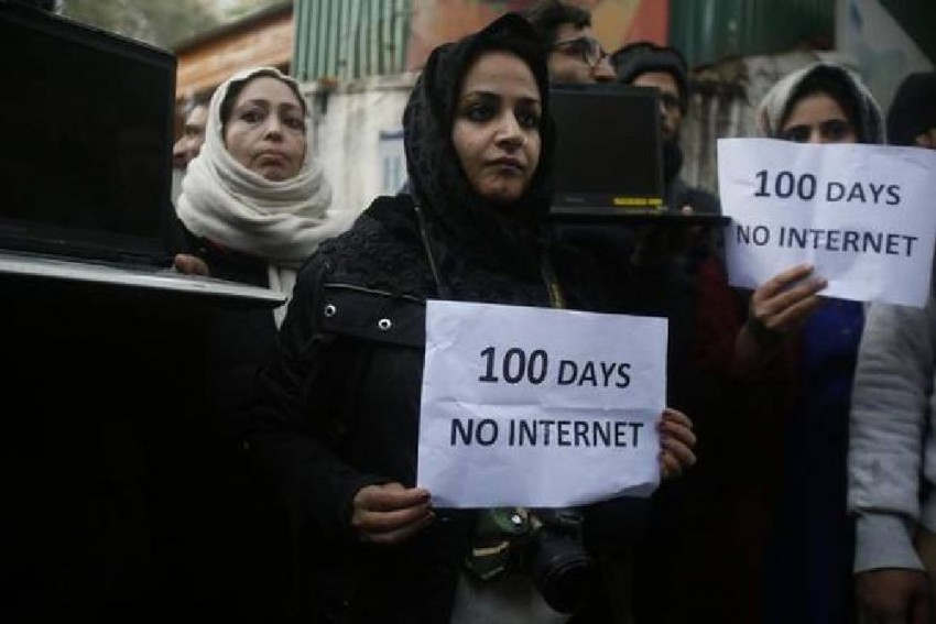 124 Days And Counting: Kashmir On Way To Register Longest Internet Shutdown?