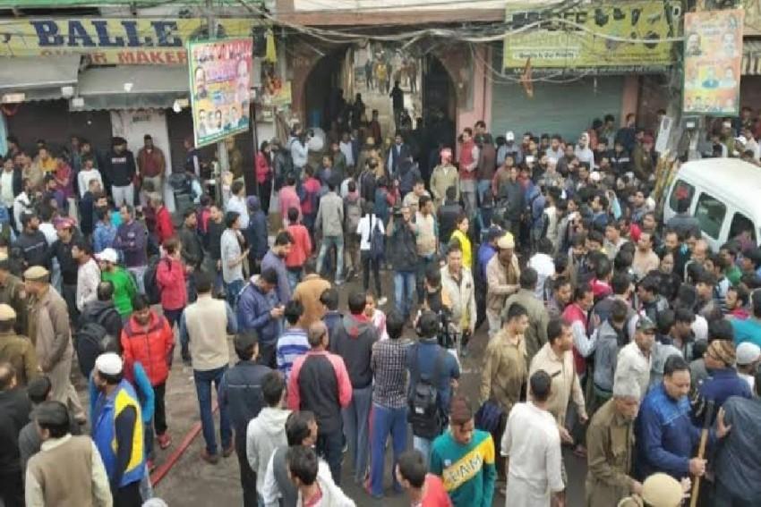 Delhi Anaj Mandi Fire: Factory Owner Arrested, Kejriwal Orders Magisterial Inquiry