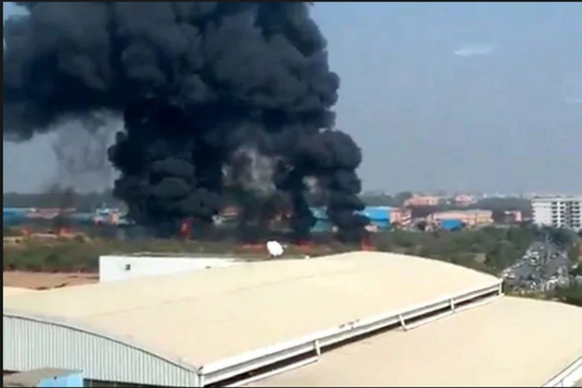 Mirage Fighter Aircraft Crashes Near HAL Airport In Bengaluru, Both Pilots Dead