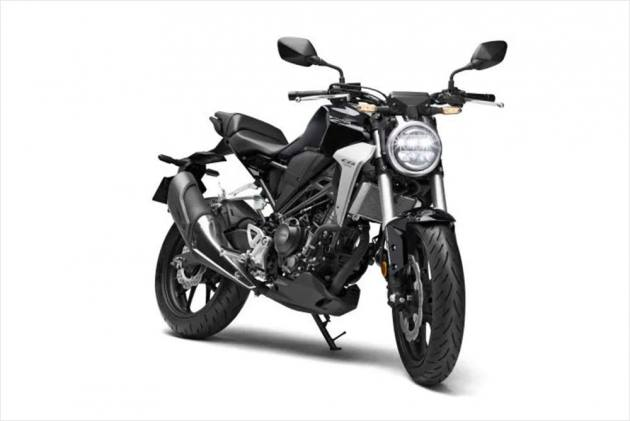 Top 5 Motorcycle News Of The Week: Honda CB300R Launched, Yamaha MT-15 Set To Arrive On March 15, 2019 Bajaj Dominar 400 Unofficial Bookings & And More!