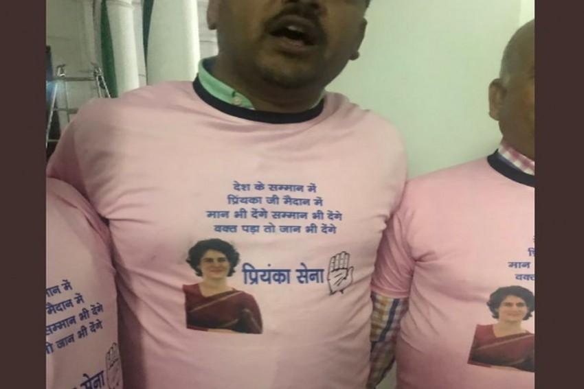 Attired In Pink, Priyanka Sena To Help Priyanka Gandhi Vadra In UP Roadshow