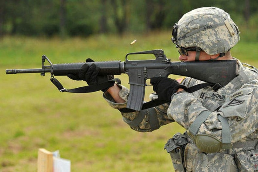India Buying 72,400 Assault Rifles From US Firm To Replace INSAS